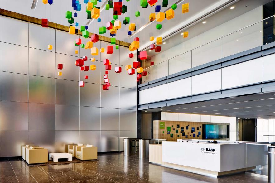 BASFs-Modern-Office-Interior-Design--882x587
